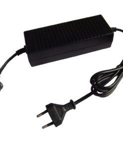EZetil Netzadapter 230V - 12V, 5A Dometic Netzgleichrichter, converter